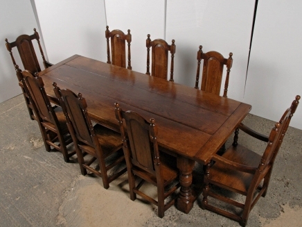 Gothic Bauernhaus Refektorium Table & Chair Set