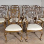 Walnut Englisch George II Dining Chairs