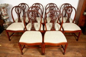 10 Mahagoni Hepplewhite Dining Chairs