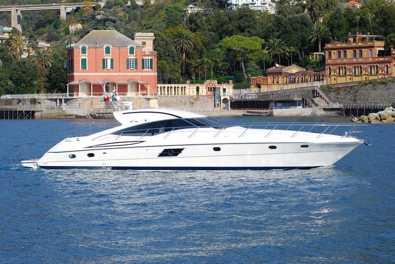 SARNICO 65  modello yacht  Cantieri di Sarnico SpA