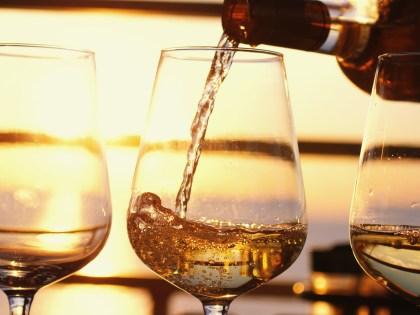 Vini bianchi e piatti estivi: l'estate di Cantina Bacco