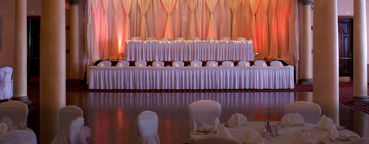 wedding chair covers mansfield for sale pretoria canton rental pricing services in northeast ohio