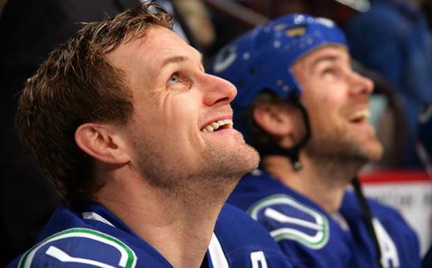 Markus Naslund Jersey Retirement, Vancouver Canucks