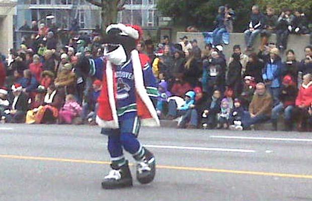 Fin, Canucks, Santa Claus Parade