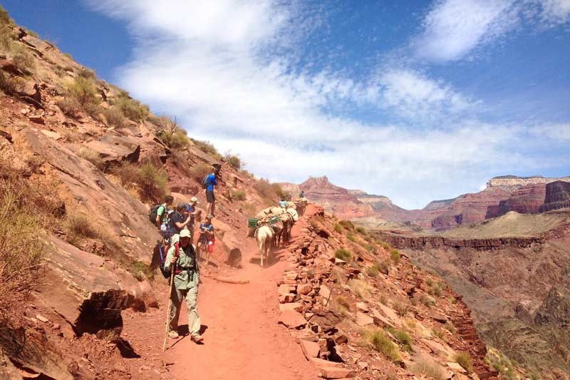 south-kaibab-trail-below-tipoff