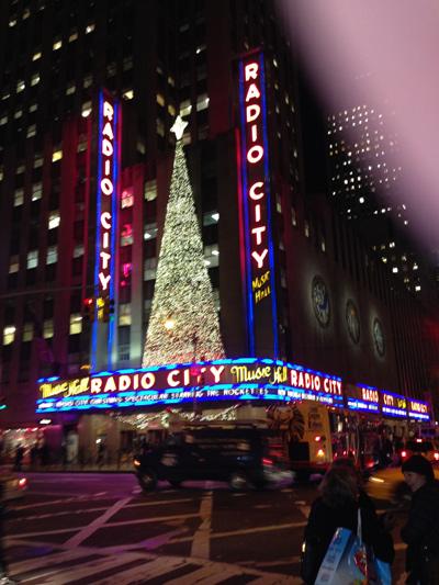 CHRISTMAS AT RADIO CITY: A HOLIDAY TRADITION