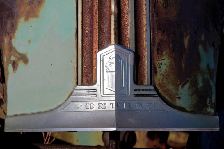 Pontiac Emblem,