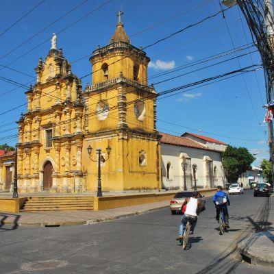 Nicaragua Iglesia Leon