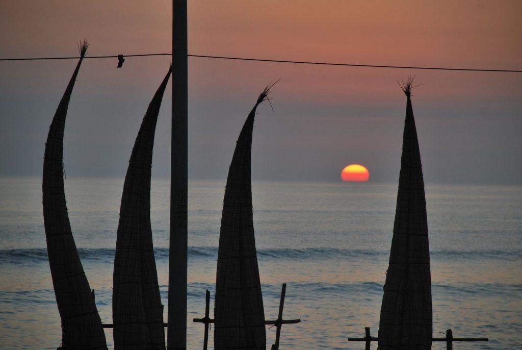 Huanchaco_Sunrise