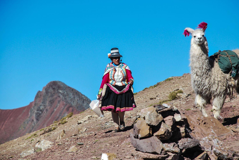 Bergère_Peruvienne_Lama