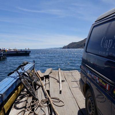 Barge_Titicaca