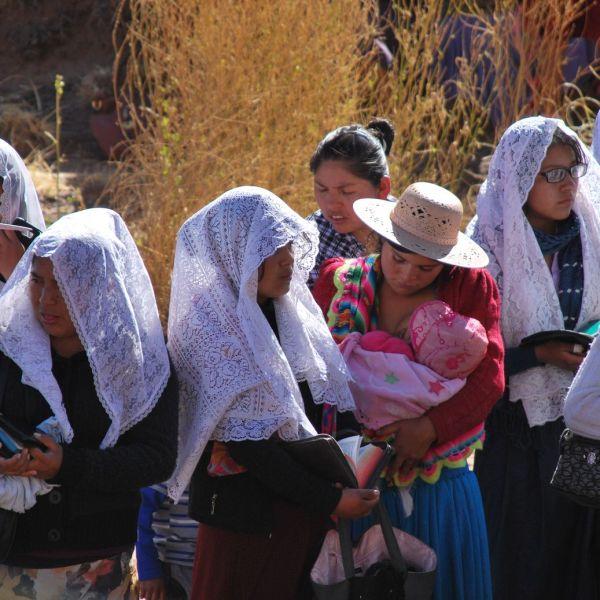 Femmes_Baptème_Bolivie