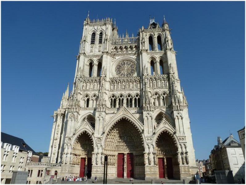 La Cathdrale Notre Dame DAmiensFrance Cap Voyage