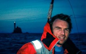 Témoignage Caraïbes : le skipper Jean François Paturel avec en fond le Le fastnet Rock en mer d'irlande...