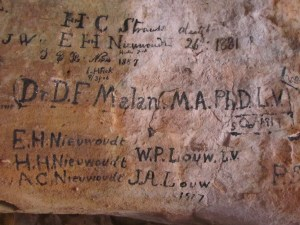 Signatures at Stadsaal, Central Cederberg