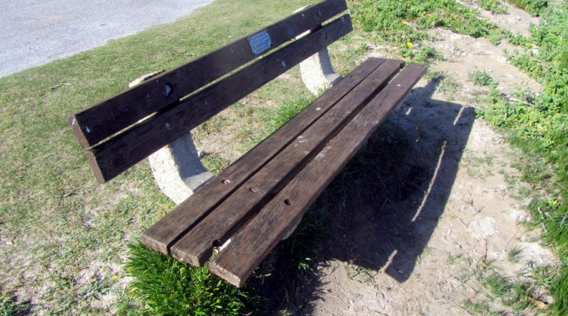 Jacko Jackson memorial bench, Leisure Isle