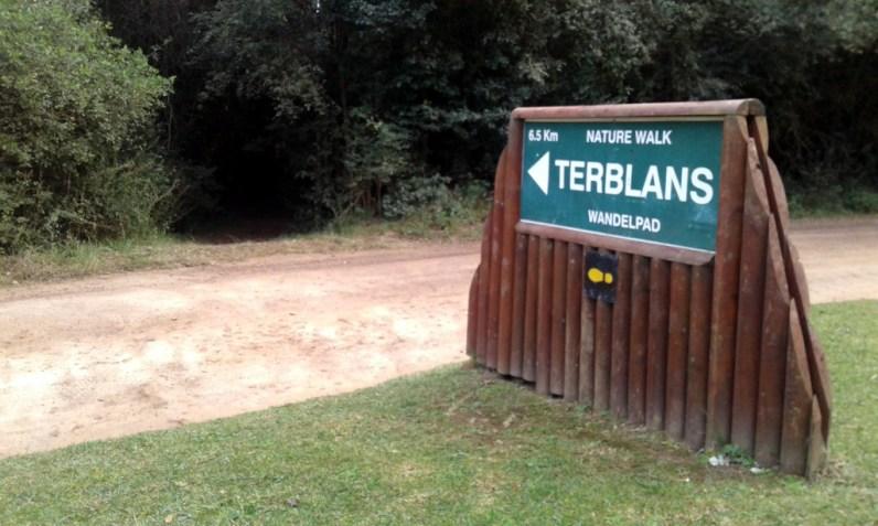 Terblans Nature Walk trailhead, Grootdraai picnic site