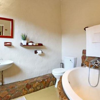 Aquila Cottages Standard Luxury Cottage Bathroom
