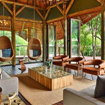 Bayethe Lodge Lounge Area