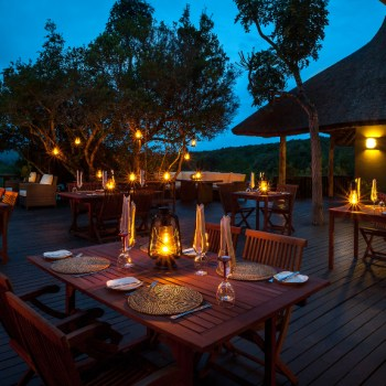 Kichaka Luxury Game Lodge Deck Dining