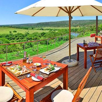 Sarili Lodge Outdoor Dining Area