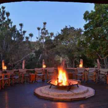 Sibuya Bush Lodge Boma