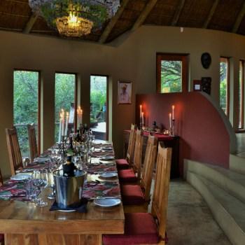 Sibuya Bush Lodge Dining