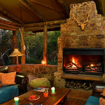 Sibuya River Lodge Boma Lounge