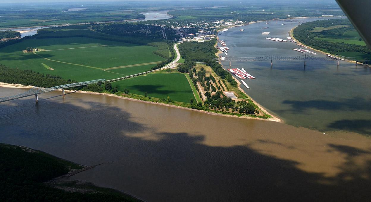 https://i0.wp.com/www.capecentralhigh.com/wp-content/uploads/2015/10/Aerial-Ohio-Mississippi-Rivers-confluence-08-13-2014_8969.jpg