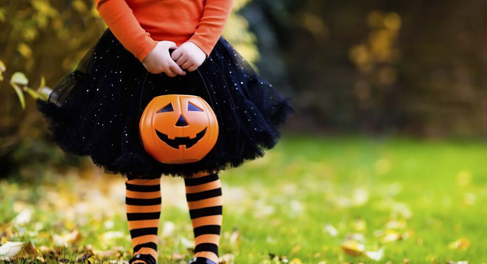 The cdc has warned against traditional festivities this year, but that doesn't mean halloween is completely cancele. Tips For How To Have A Spooky But Safe Halloween Cape Cod Healthcare