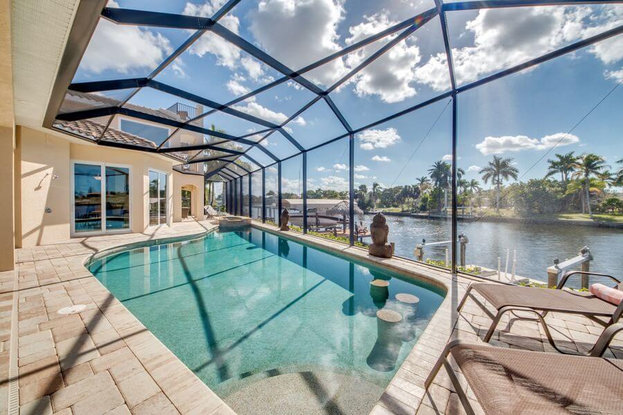 Pool mit Gegenschwimmanlage in unserem Ferienhaus Villa The Beachwalk