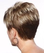 tagli di capelli corti over