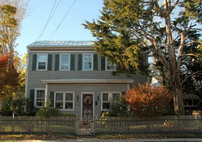 The Thompson Mottett House