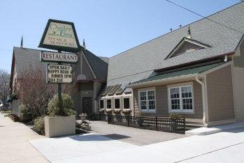 Oyster Bay Restaurant