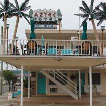 Aztek Motel