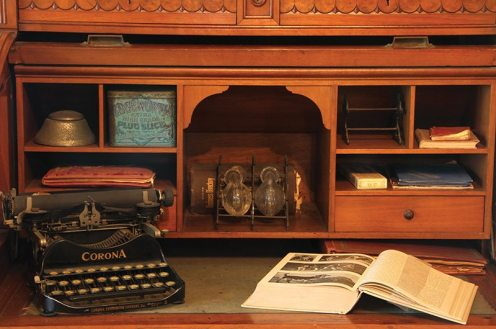 Dr. Emlen Physick's desk