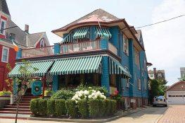 The Windward House at 24 Jackson Street