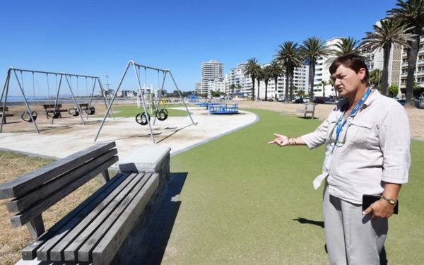 sea point3 600x375 - Sea Point Promenade undergoes revamp