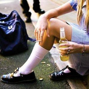 ¿Qué pasa cuando mi hijo adolescente consume sustancias? Adolescentes