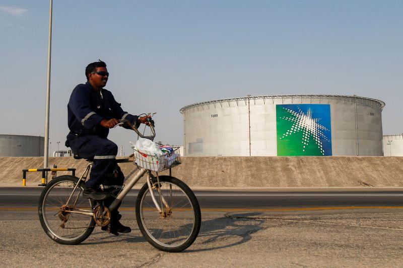 U.S. senators press Saudi officials to put oil cut in motion By Reuters