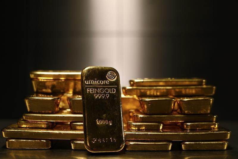 Gold Streaks On for 5th Week as Stimulus, Virus Worries Come to Fore By Investing.com