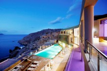 Amazing Hotels In Greece Of