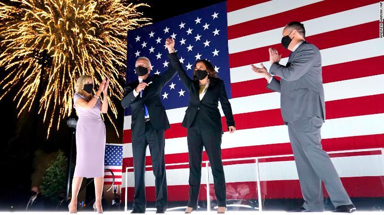 """Ο Τζο Μπάιντεν, 46ος πρόεδρος των ΗΠΑ: """"Θα είμαι πρόεδρος για όλους τους Αμερικανούς"""" - Το πρώτο του μήνυμα"""