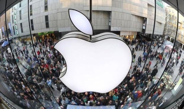 На Apple подали иск почти на триллион долларов