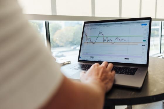 online Plattform der Börsenmakler