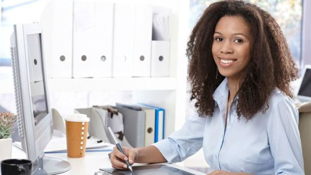 A2 - 18 tips on how to love a successful career woman