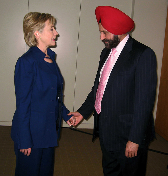 Sant Singh Chatwat with Hillary Clinton before he got caught.
