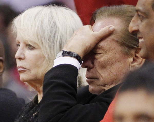 Los Angeles Clippers owner Donald Sterling (R) with his wife Shelly (L)  (REUTERS/Danny Moloshok)