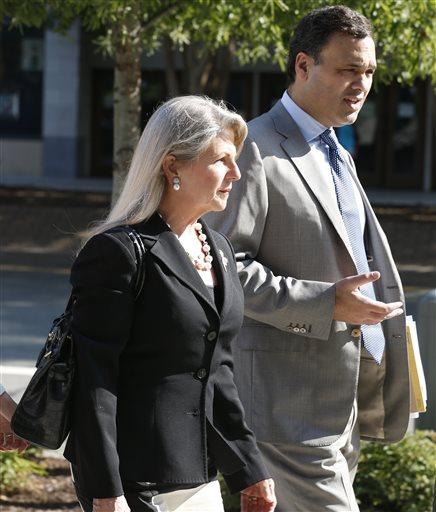 Former Virginia first lady Maureen McDonnell arrives at federal court  (AP Photo/Steve Helber)