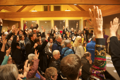 A 2013 show of hands at the Capitol Hill Community Council (Image: CHS)
